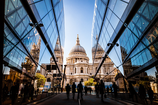 https://www.riccardilex.com/wp-content/uploads/2020/06/London.jpg